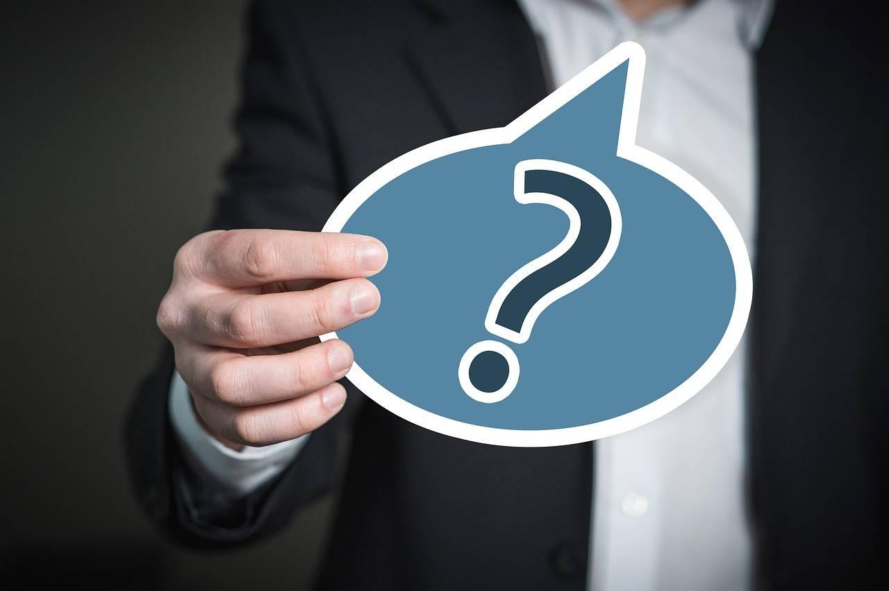 Praca na etacie czy własna firma – co bardziej się opłaca?